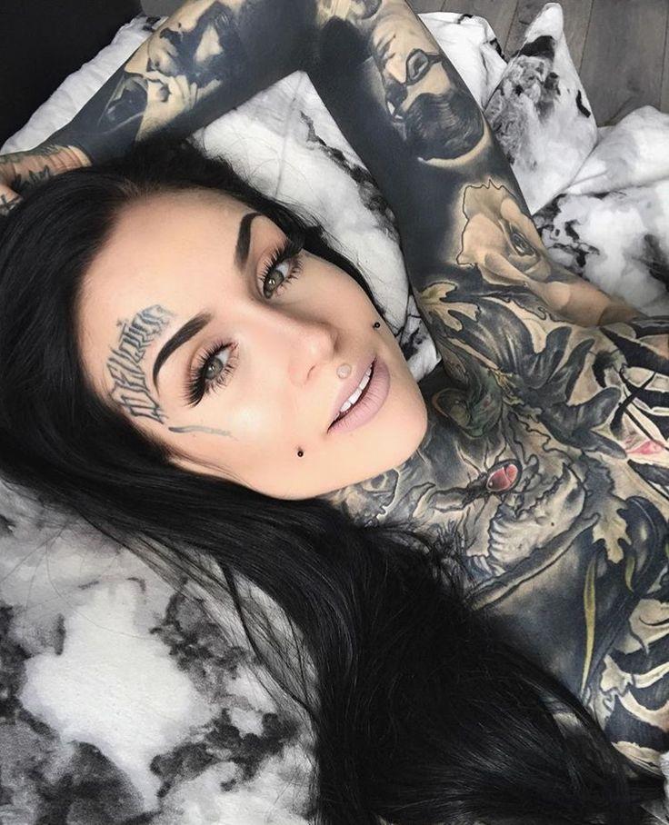 Monami Frost