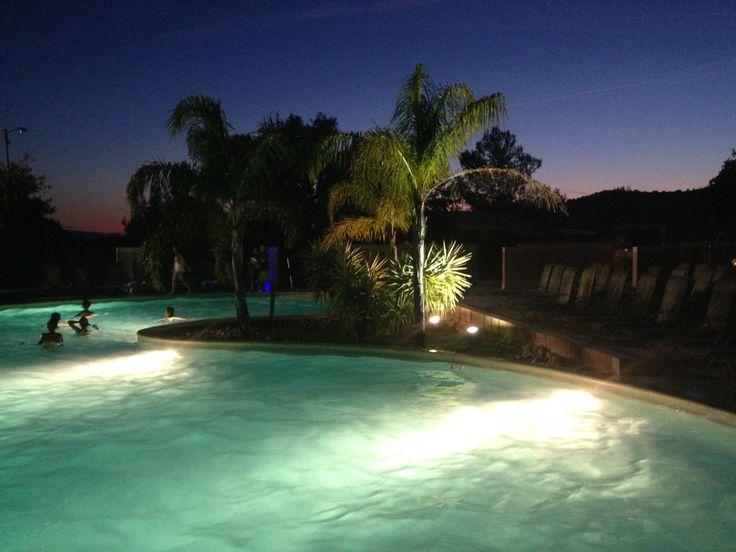 le parc aquatique le soir ... c'est le samedi en juillet et en août jusqu'à 21h !!