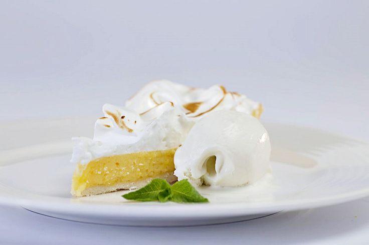 Lemon tart with vanilla ice cream