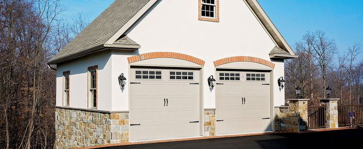 Homeowners need more storage. D&B Elite will design and build a detached garage to suit any client's needs. Whether our clients need more space for car storage, or simply a place to store lawn and garden equipment, or both, we will customize and design a garage space on your property that fits your storage needs. D&B Elite works to design and built a detached garage using superior products, expert design features, and excellent workmanship.