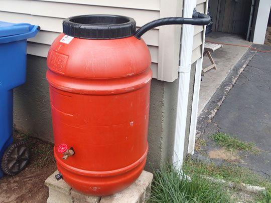 Diy rain barrel for 50 dollars or less popular pins for Diy small rain barrel