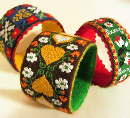 bavarian bangles!: Mama Sewing Sewing, Napkins Rings, Inspiration Crafts, Bavarian Bangles, Crafts Idea, Masks Tape, Cuffs, Bangles Bracelets, Crafts Supplies