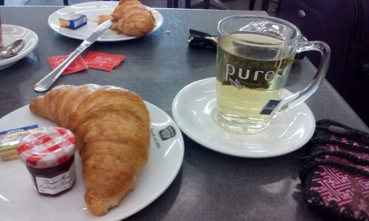 Light #breakfast in #Germany with #ItalianStyle - #Croissant and #Tea