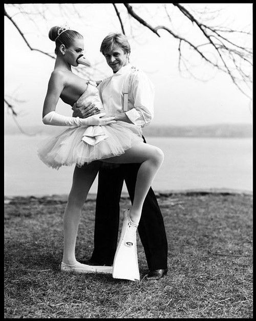 Mikhail Baryshnikov and Uma Thurman, 1987. I don't know why I love this picture so much!  I think it's because that's the kind of grace I would have as a ballerina.  :)