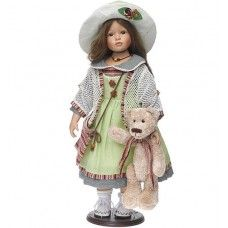 Bábika v bielom klobúku