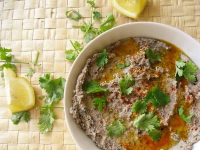 Food for love: Hummus de feijão preto