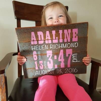 Reclaimed Wood Wall Decor - Baby Announcement: www.greenlightindustries.ca/online-store