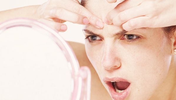 I HATE it when a zit pops up out of nowhere, especially right before a big day! Here are 10 home remedies to shrink zits fast.