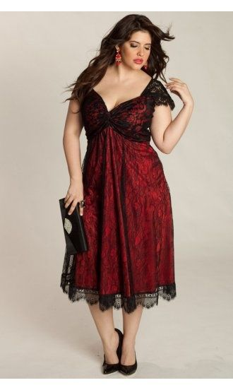 Plus size dress, red and lace, beautiful comb