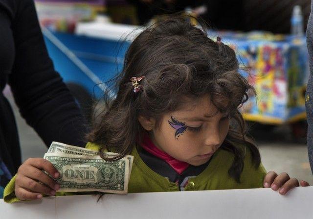 Çocuklarımızın Parayla Sağlıklı Bir İlişki Kurmasını Nasıl Sağlayabiliriz? - eğitimpedia