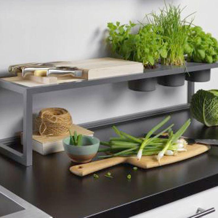 Clevere Lösungen Für Mehr Komfort In Ihrer Küche. Smarte Funktionen, Die  Viele Dinge Einfacher Laufen Lassen. Das Komfortwunder Von Ewe Macht Den  Aufenthalt ...
