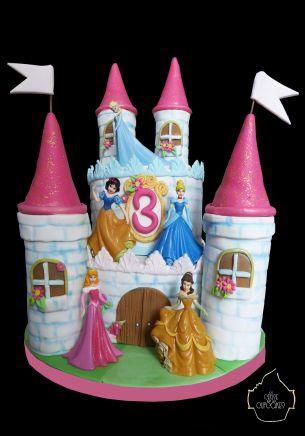 chateau disney princesse disney / disney cake castle princess