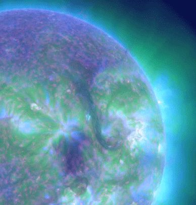 """spaceplasma: """"Two Ribbon FlareOn September 29. 2013, a large magnetic filament erupted on the Sun's northern hemisphere and produced a C1.2 solar flare. Observation in the EUV showed two elongated..."""