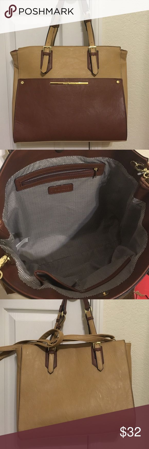 Steve Madden book/tote bag Great condition. Used in college for my computer and books. Steve Madden Bags
