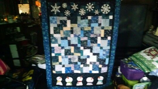 Quilt made with two Missouri Rows. One on top and one on the bottom.