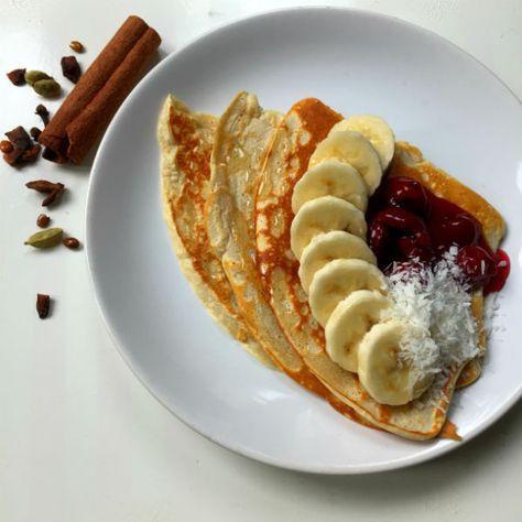 Een gezonde proteine pannekoek met kwark en banaan.