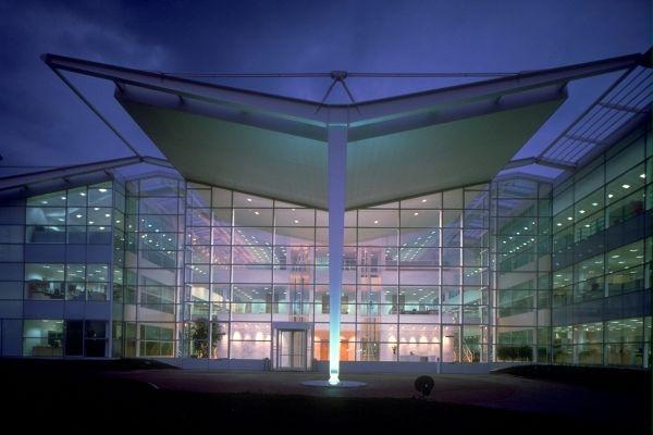 Stockley Park Offices, Uxbridge, England, 1987-1989 | © Foster + Partners