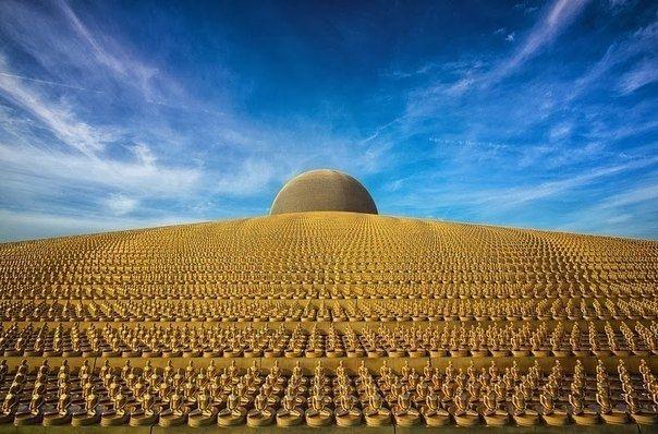 Буддийский храм, похожий на космический объект