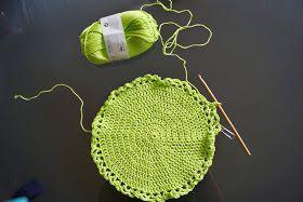 Les filets à provisions Je déteste les sacs en plastiques aussi je me fabrique au crochet mes propres filets à provisions en coton . ...
