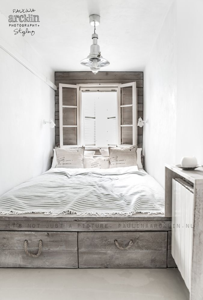 + #wood #small_space #linen #weekend #brightly #sleep