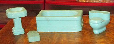 OLD MINIATURE WOOD WOODEN DOLLHOUSE STROMBECKER BLUE BATHROOM FURNITURE LOT