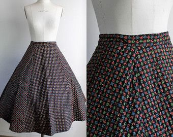 Vintage 1950s Black Circle Skirt / 50s Quilted Full Circle Skirt / Novelty Print Country Life / Cotton / Swing / Gothic