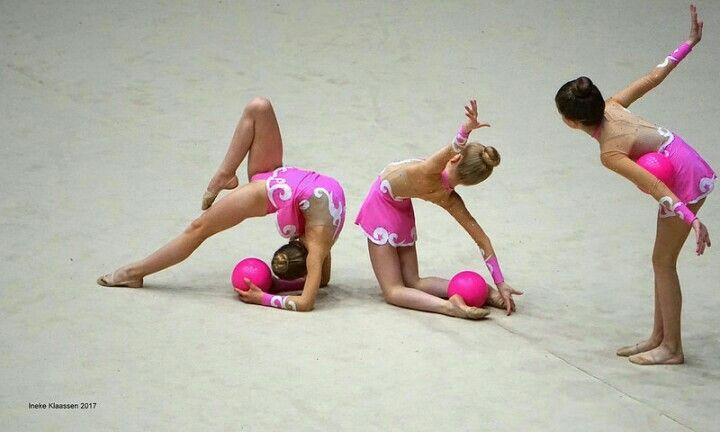 'Rhythmic Gymnastics' by Ineke Klaassen. IAG Sports Event, Marathonloop 3 ('de Plek'), 's-Hertogenbosch, the Netherlands.