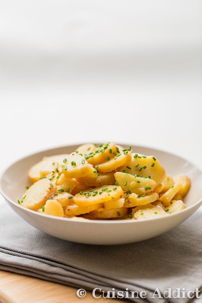 Grumbeeresalat – Salade de Pomme de Terre Alsacienne via @cuisineaddict