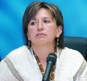 La panista Xóchitl Gálvez afirmó que su candidatura a la jefatura de la delegación Miguel Hidalgo se mantiene firme y que serán los tribunales los que definan si cumple o no con los requisitos para participar en el proceso electoral. En entrevista, admitió que no cumple con lo dispuesto en el artículo 294 del […]