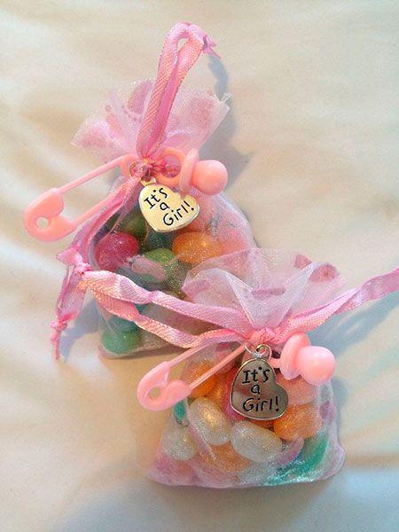 Recuerdos para Baby Shower de niña con caramelos
