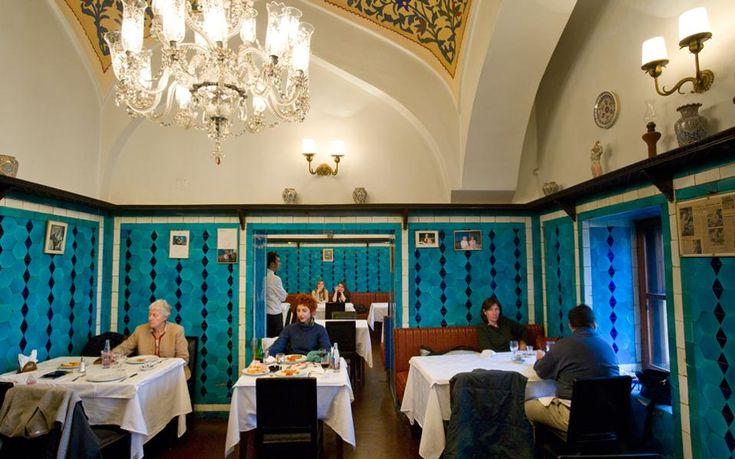 Το εντυπωσιακό εσωτερικό του Pandeli στην Κωνσταντινούπολη είναι κλειστό εδώ και τρεις μήνες για τους πελάτες του ιστορικού εστιατορίου.