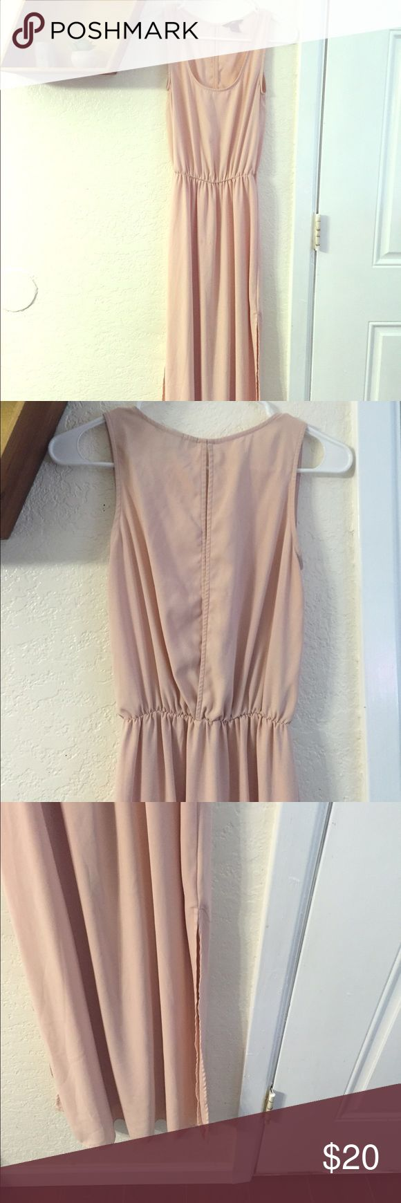 Beautiful Blush Maxi Bridesmaid Dress From H&M, size 4 (S). Purchased and had taken in professionally. Maxi length, side slits go to about the knee. Can be dressed up or down with ease. Only flaw is very small water stain on front, untreated. Visible laid flat but hard to spot when worn. H&M Dresses Maxi