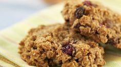 Probieren Sie unsere kleinen Energiewunder! Super schnell snackbereit : Haferflockenplätzchen   http://eatsmarter.de/rezepte/haferflockenplaetzchen-5