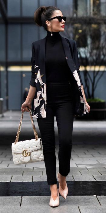 Stunning statement jacket + whole other dimension + all-black outfit + colour and energy + Short Stories & Skirts. Jacket: Zara, Top: Falconeri, Bag: Gucci.