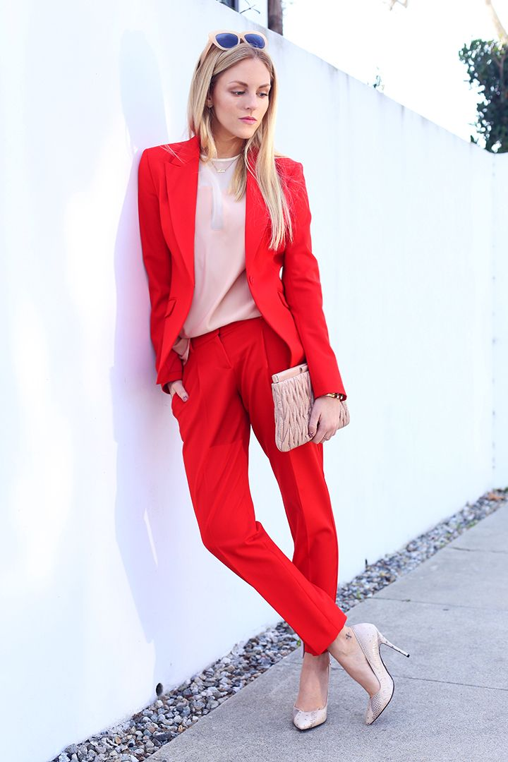 shea marie fashion blogger blog style red suit theory cesare paciotti top official popular blogger vogue