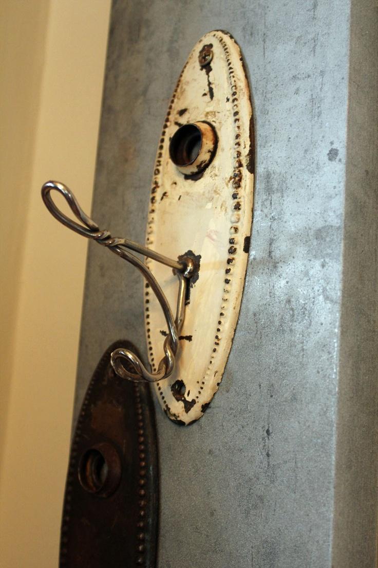Lovely Backplate Hooks