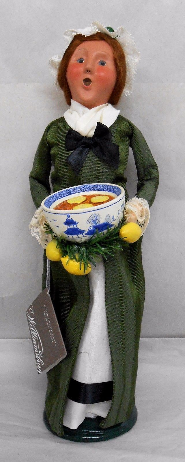 BYERS CHOICE 2006 Carolers Signed Williamsburg THANKSGIVING LADY New w/tag JF | eBay