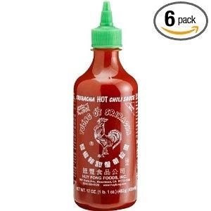 Ah, Sriracha! Complemento picante para esas aburridas latas de atún, para esa comida que te trajeron y que le falta sabor, para esas sopas o caldos que son tan sanas pero que no saben a nada. Sriracha, auténtica bendición.