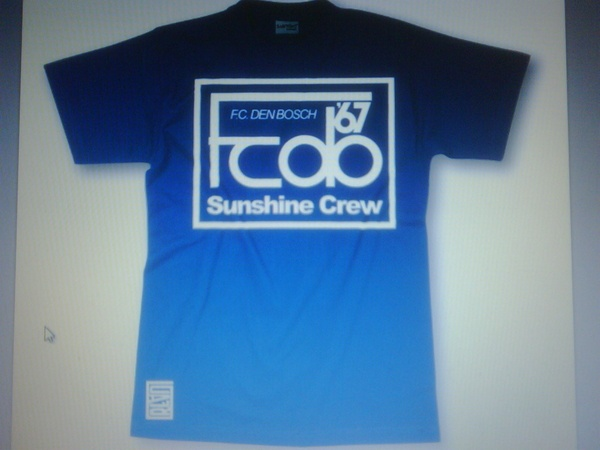 A concept for a shirt for the local pub in 's-Hertogenbosch. The pub where the fanatics of FC Den Bosch hang out, the Sunshine Crew.