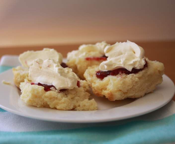 Recipe Lemonade Scones by Sistermixin - Recipe of category Baking - sweet