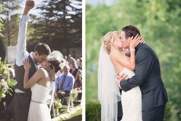 Una de las fotos de boda que no puede faltar es la que capture el primer beso de los novios ya como marido y mujer #bodas #elblogdemaríajosé #fotosboda #wedding