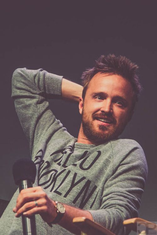 Aaron Paul - Jesse Pinkman - I'm sorry i can't help myself he is just so fucking hot!