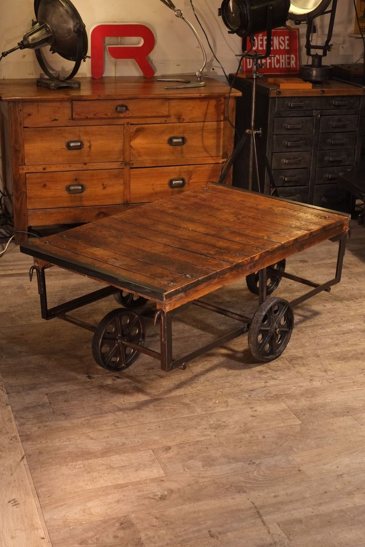 1500 table basse charriot usine deco 1 500 2 250 pixels meuble industriel vintage. Black Bedroom Furniture Sets. Home Design Ideas