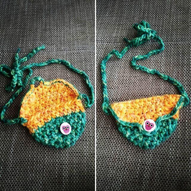 Räubertasche, zum Umhängen oder als Gürteltaschi, ich liiiiiebe diese Farben. #crochet #melohäkelt #handmade #diy #Handarbeit #häkelliebe #Räubertasche