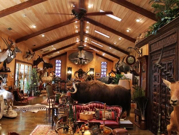 Man Cave Garage Hunting : Trophy room san diego fish mounts and taxidermy rooms