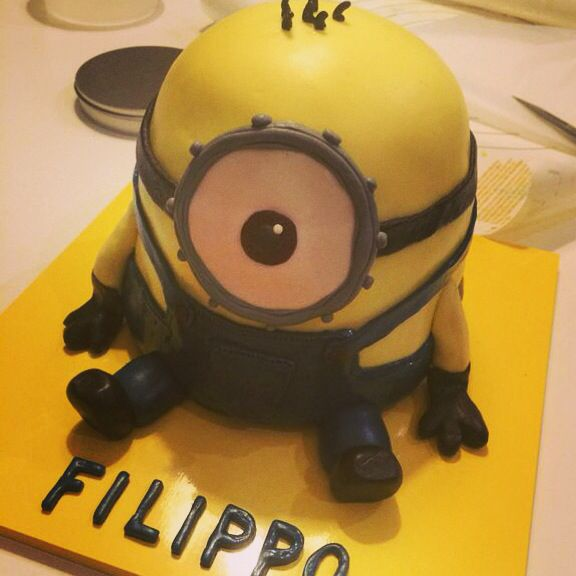 Minions Cake, from Despicable Me!!! By Serena