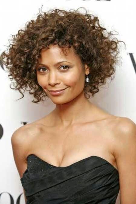 Kapsels en haarverzorging: black hair