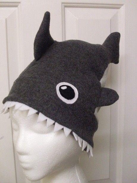 Shark attack hat tutorial!