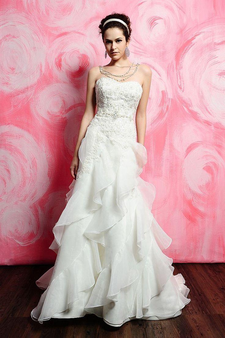 The 255 best Novias! images on Pinterest | Wedding frocks, Short ...