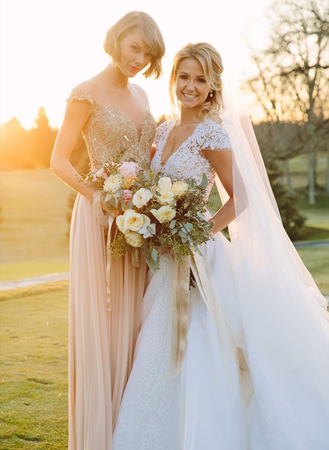 Taylor Swift's Bridesmaid for her best friend Oh My! What a dream couture creation! WonderWed.de #fashion #bride #dress